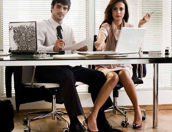 Assediada sexualmente por gerente, funcionária será indenizada por danos morais