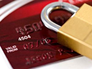 Direito do Consumidor – Administradora de cartões deve cancelar contrato e pagar indenização por danos morais